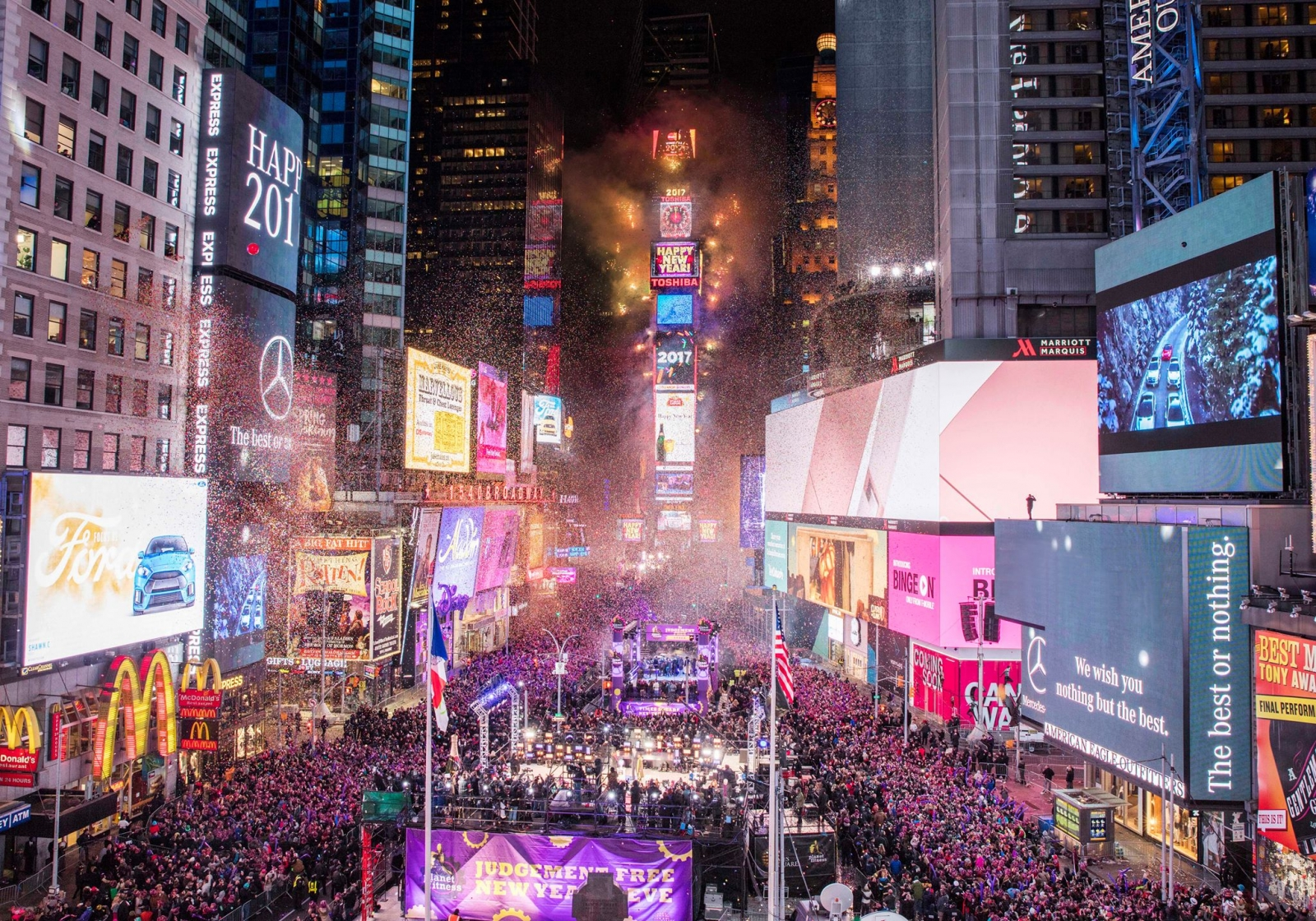 ProdWorks Lighting Chooses 4Wall NY for Times Square New ...
