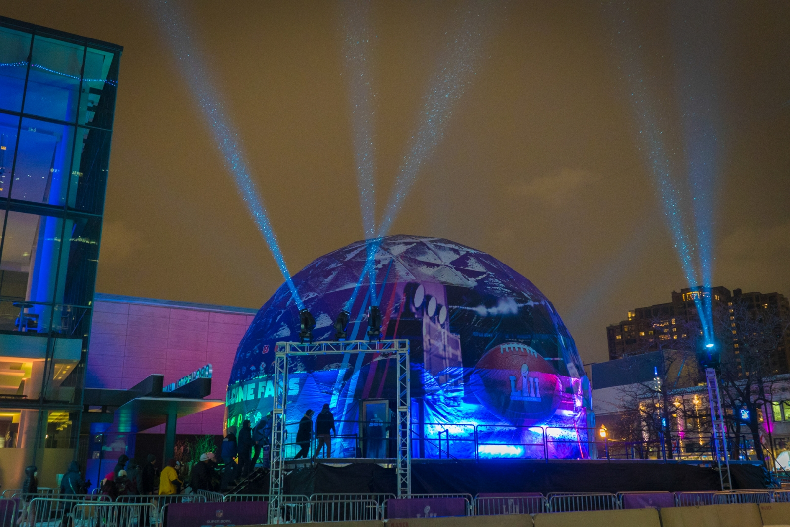 Bluemedia Chooses 4wall For Projection Domes And Video